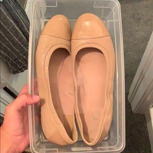 Nude Flats